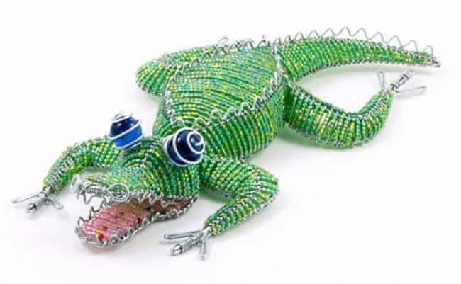 Крокодил из бисера